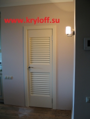 003 Межкомнатная жалюзийная дверь