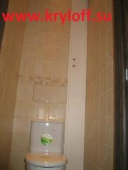031 Высокий и узкий сантехнический люк, задники в туалет